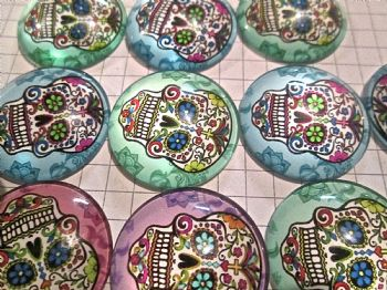 6 Sugar Skull   COLOUR Glass Cabochons  Day of the Dead Halloween